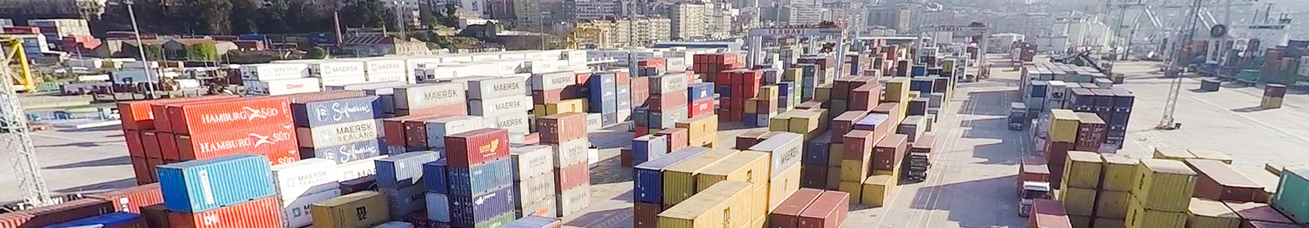 Servicios marítimos: contenedores