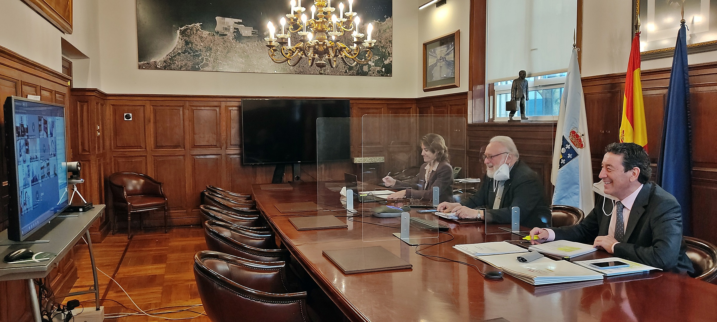 EL PUERTO DE VIGO BATE UN RECORD HISTÓRICO EN EL TRÁFICO ACUMULADO DE MERCANCÍA CONTENERIZADA LO-LO